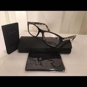 🖤 PRADA Modern Black and spotted #VPR-16S Demos!